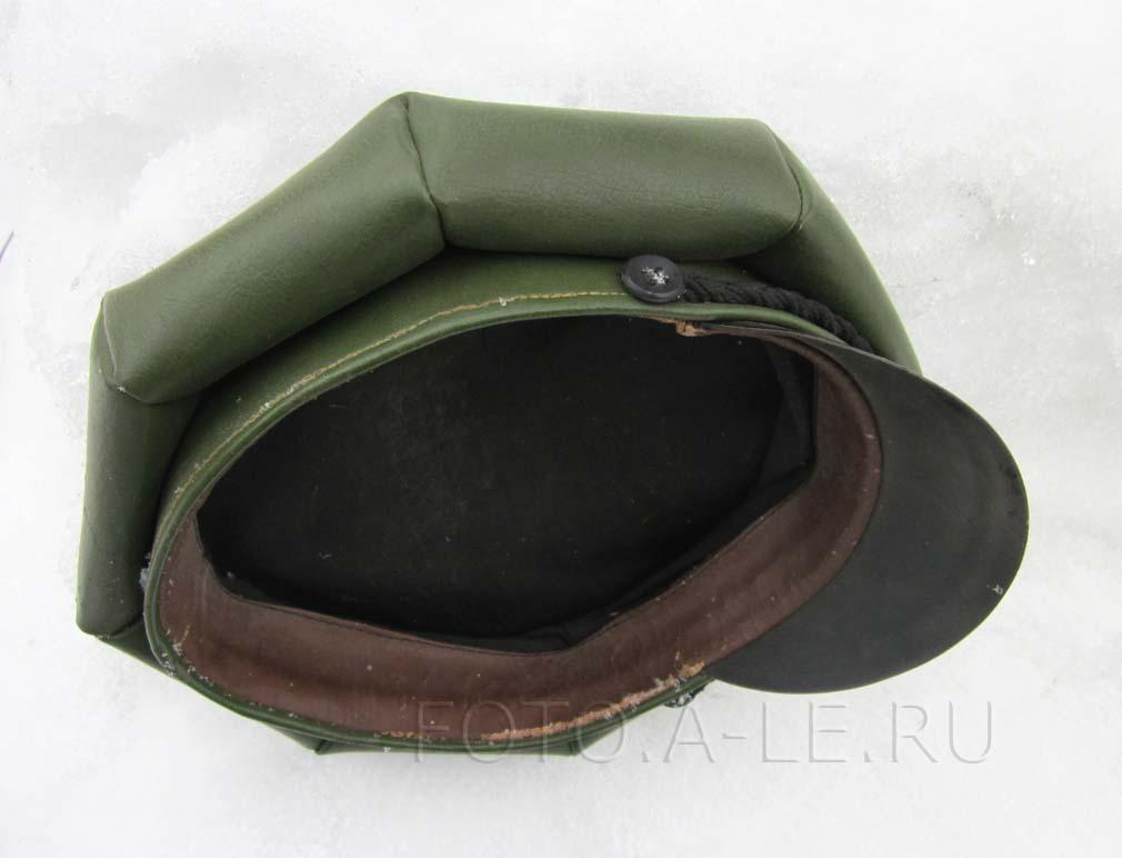 Зеленая шестигранная кепка СССР